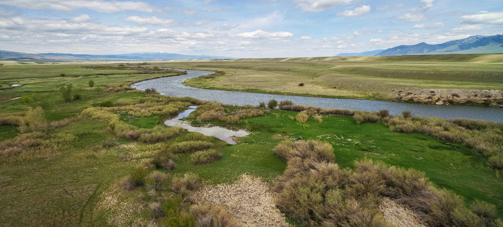 World Class Fly Fishing Ranch Feature