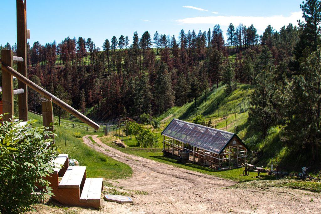 Montana-Breaks-Cabin-06